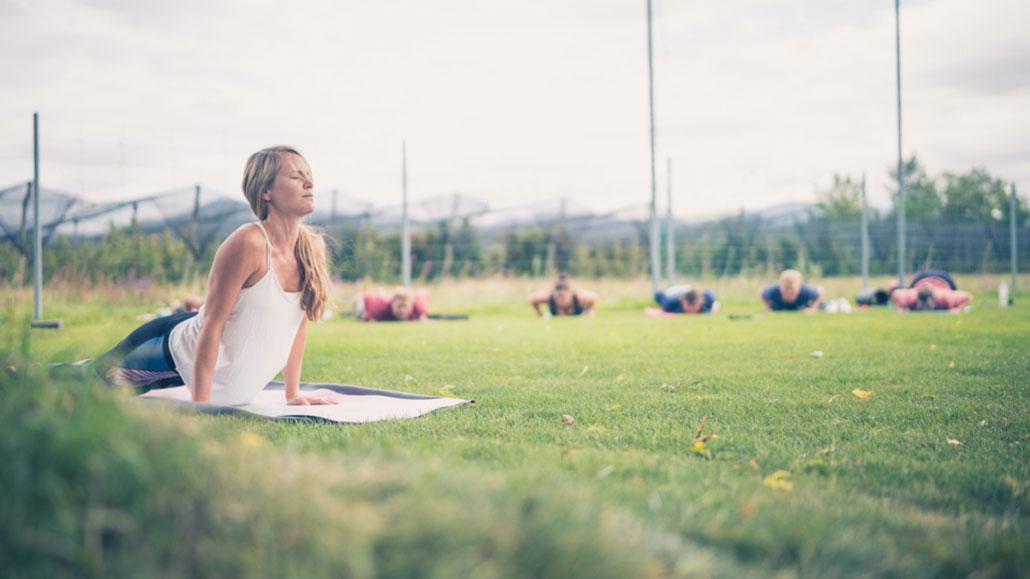 Yoga_Wakesurf